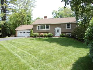 Best of both worlds, pool on site, beach nearby. - Kennebunk vacation rentals