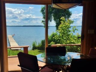 Rustically Charming 2BR Federal Dam House on Leech Lake w/Private Dock & Modern Conveniences - Breathtaking Westerly Lake Views! - Federal Dam vacation rentals