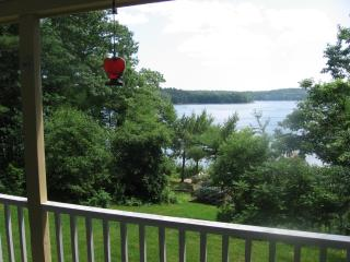 Perfect Cottage with Deck and Internet Access - Edgecomb vacation rentals