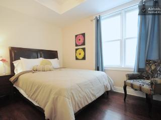 Beautiful Apartment with A/C and Balcony - Union City vacation rentals