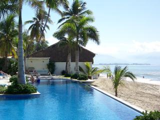 Beachfront Condo - Amazing location! - Bucerias vacation rentals