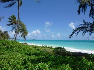 Waimanalo Beachfront House and Cottage - Waimanalo vacation rentals