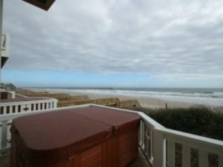 Ocean Front 5 Bedrooms with elevator - North Topsail Beach vacation rentals