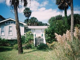 Charming House with Deck and A/C - Folly Beach vacation rentals