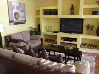 Villa Sunny Side, Cape Coral-Gulf Access and Pool - Cape Coral vacation rentals