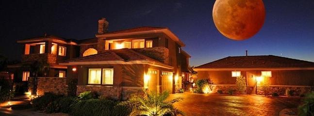 35% Disc LV Mini Castles 8 Guest Suites, 10 BA - Image 1 - Las Vegas - rentals