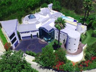 Impressive 9 BR/10 BA Entertainment Dream House - Beverly Hills vacation rentals