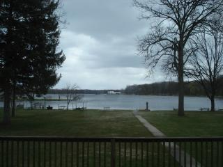 Lakefront home on Beautiful Strawberry Lake! - Lakeland vacation rentals