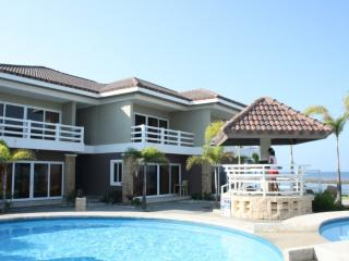 BEACH FRONT, Like brand new 4 year old unit- villa - Morong vacation rentals