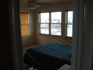 Nice House with Internet Access and Dishwasher - Milford vacation rentals