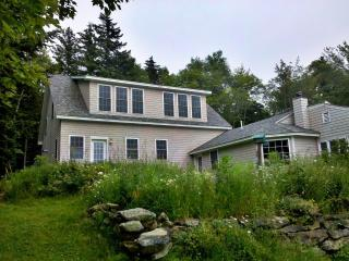 Romantic House with Deck and Internet Access - Pemaquid vacation rentals