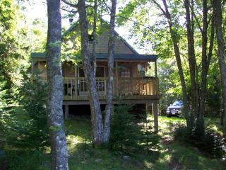 OCEANFRONT COTTAGE ON 4 ACRES - Lubec vacation rentals