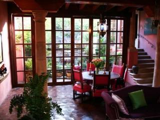 NEW YORK TIMES FEATURE/SAN MIGUEL DE ALLENDE - San Miguel de Allende vacation rentals