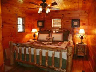 Private and Secluded Log Cabin in the Smokies - Gatlinburg vacation rentals
