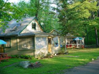 Two waterfront cottages, side by side Panther Pond - Raymond vacation rentals