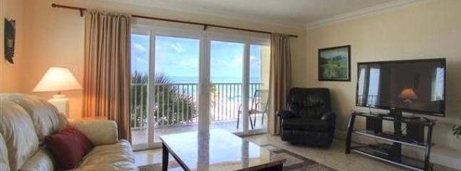 OCEANFRONT at SAND DOLLAR RESORT- call us quick! - Image 1 - Madeira Beach - rentals