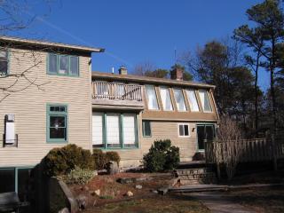Nice 4 bedroom House in Wellfleet with Deck - Wellfleet vacation rentals