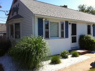 Beautiful Seaside studio  600 week of 8/27 - Dennis Port vacation rentals