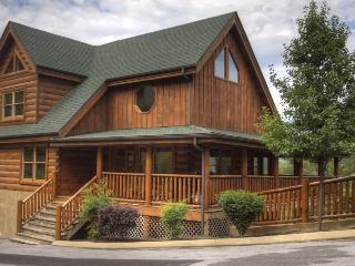 Detail Oriented + Amenities + View= AMAZING CABIN - Pigeon Forge vacation rentals