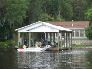 COZY RIVERVIEW COTTAGE On the ST JOHNS RIVER - Welaka vacation rentals