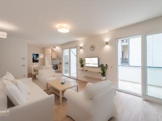 Lion Loft Apartment - large 4 bedroom Apartment - Budapest vacation rentals
