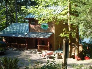 Beautiful 3 bedroom Port Townsend Cabin with Deck - Port Townsend vacation rentals