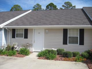 Nice Condo with Internet Access and Dishwasher - Brunswick vacation rentals