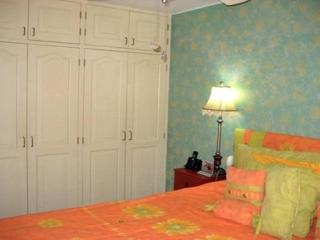 Modern & elegant 2 bedroom 2 bath apt - Lima vacation rentals