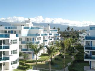 Beach front relaxing Villa *Great family vacations - Rio Grande vacation rentals