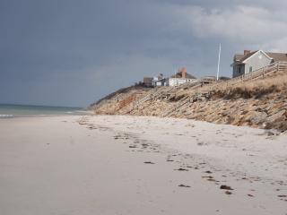 Dennis Village Near Mayflower & Corporation Beach - Dennis vacation rentals