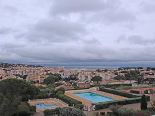 3 Pièces vue mer - 4/6 personnes - Sainte-Maxime - Saint-Maxime vacation rentals