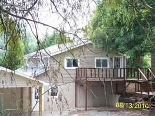 2 bedroom House with Deck in Bristol - Bristol vacation rentals