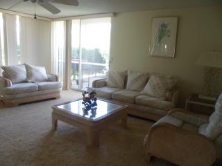 Nice Condo with Dishwasher and A/C - Bermuda Dunes vacation rentals