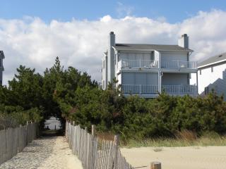 Direct Ocean Front Townhome/Duplex Fenwick Island - Fenwick Island vacation rentals