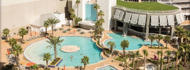 Centrally Located Condo Comfortably Sleeps 8-10 - Image 1 - Panama City Beach - rentals