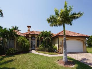Holidayhome Villa Casa Corona with pool - Cape Coral vacation rentals