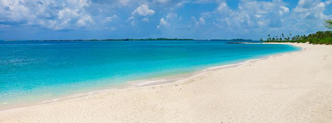 The beach you will be enjoying - Beach Front Property - Nassau - rentals