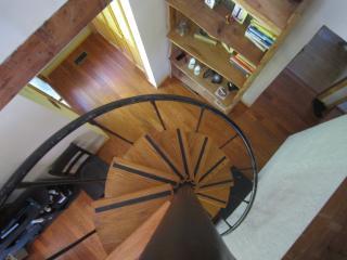 VT Luxury home on 40 acres near skiing & Bridges - Shaftsbury vacation rentals