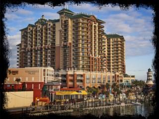 Beautiful Wyndham Emerald Grande Resort Condo - Destin vacation rentals