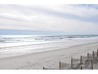Bright Condo with Deck and Internet Access - North Topsail Beach vacation rentals