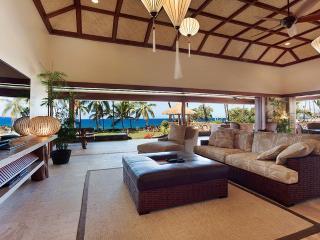 Newly Remodeled Oceanfront Luxury Villa - Kailua-Kona vacation rentals