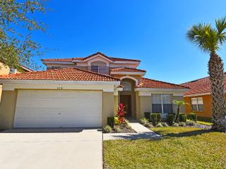 Enjoy Thanksgiving in Orlando with FREE Pool Heat - Davenport vacation rentals