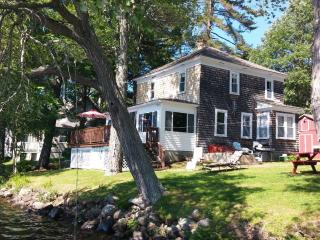 The Perfect Lakehouse Rental, Monmouth, ME - Monmouth vacation rentals