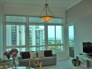 Deluxe Bay View Penthouse 12 - Miami Beach vacation rentals