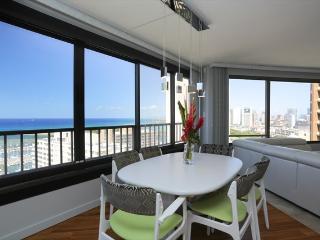 Discovery Bay 2 Bedroom Ocean/ Sunset Views - Honolulu vacation rentals