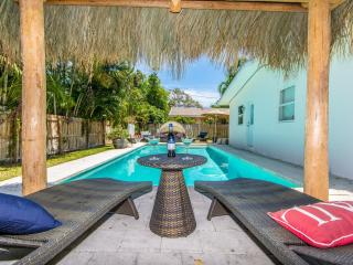 Coral Ridge Tiki Hut Vacation Home- mins to Beach! - Fort Lauderdale vacation rentals