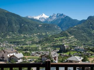 Nice Townhouse with Internet Access and Satellite Or Cable TV - Valle d'Aosta vacation rentals