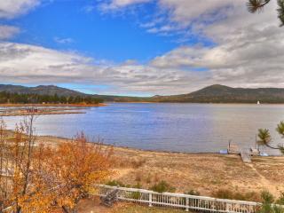 Lakefront Dream Cabin! Boat dock and hot tub! - Big Bear Lake vacation rentals