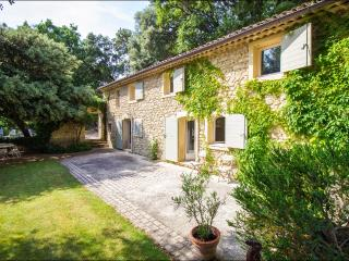 6 bedroom Villa with Internet Access in Vaugines - Vaugines vacation rentals