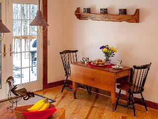2 bedroom Cabin with Deck in Winchester - Winchester vacation rentals